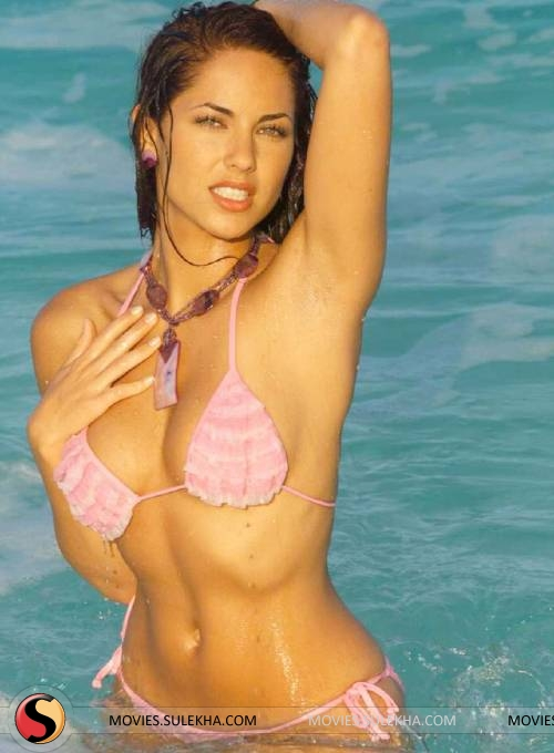 amisa patel in bikini