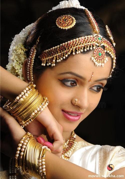 Page 10 of photos pics bhavana saree photo altavistaventures Image collections