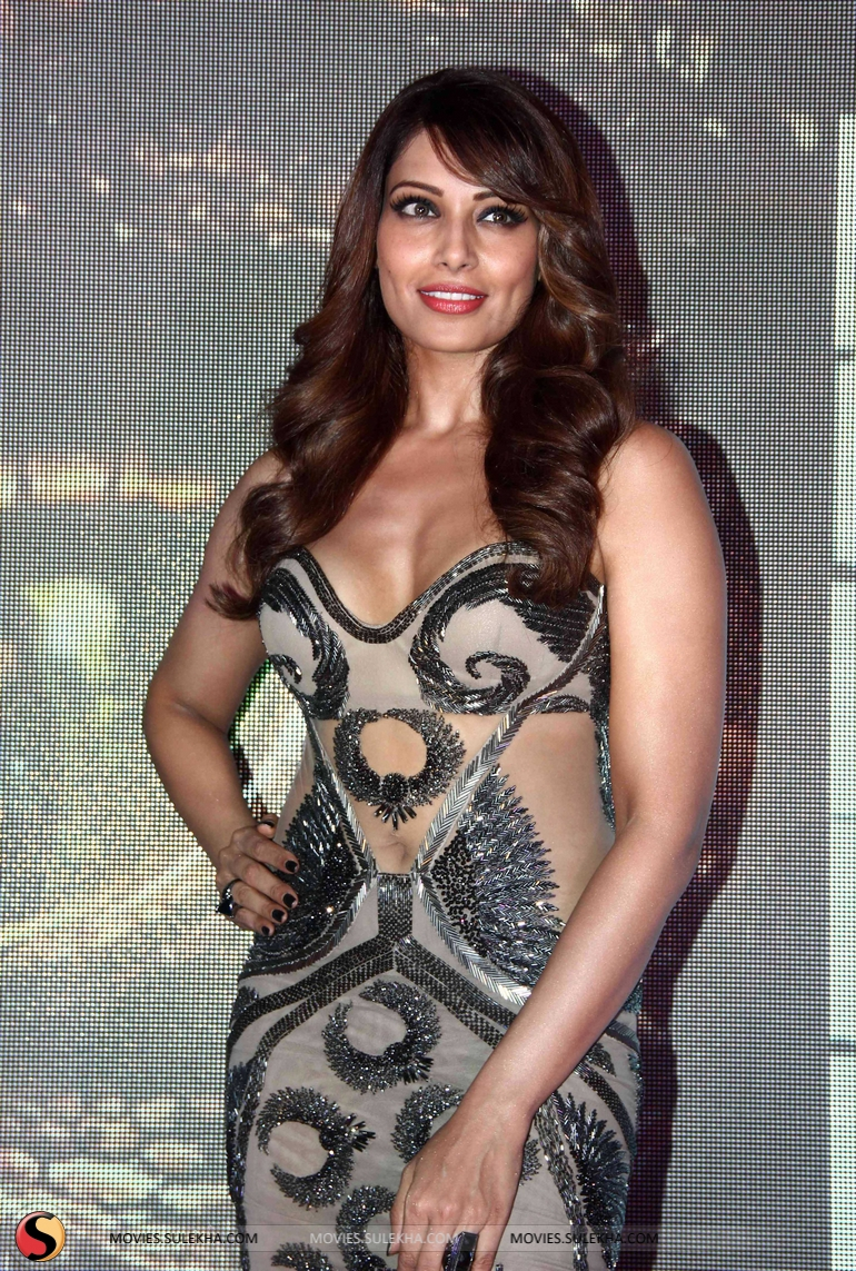 page 1 of bipasha basu at creature 3d movie music launch at r city