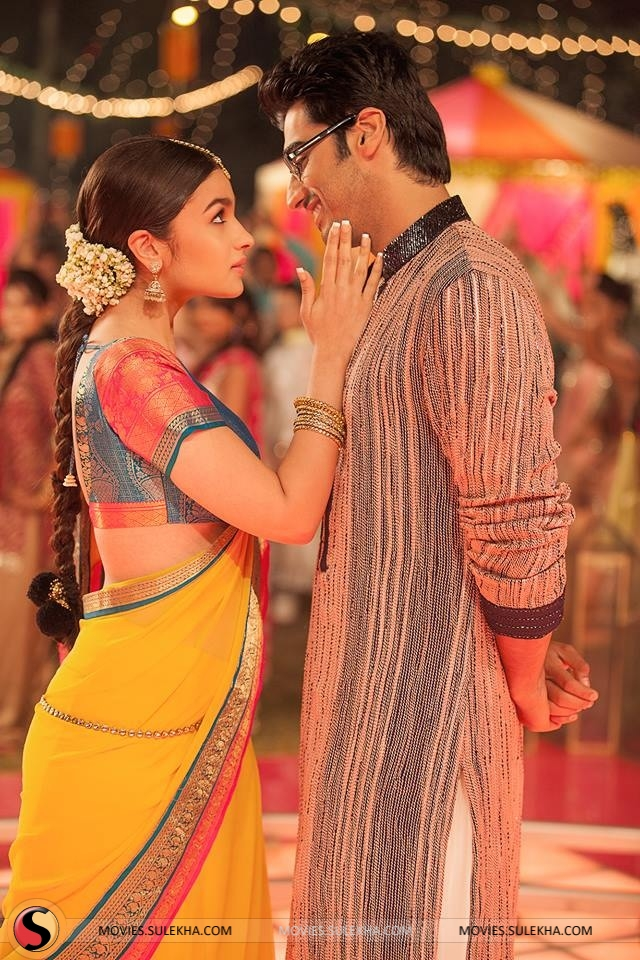 2 states wedding track hulla re out now sulekha movies