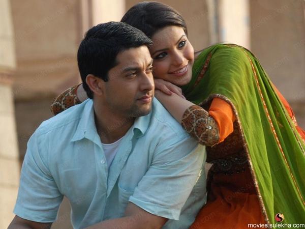 Page 22 of Aloo Chaat Hindi Movie HD Wallpapers 22 , Sulekha