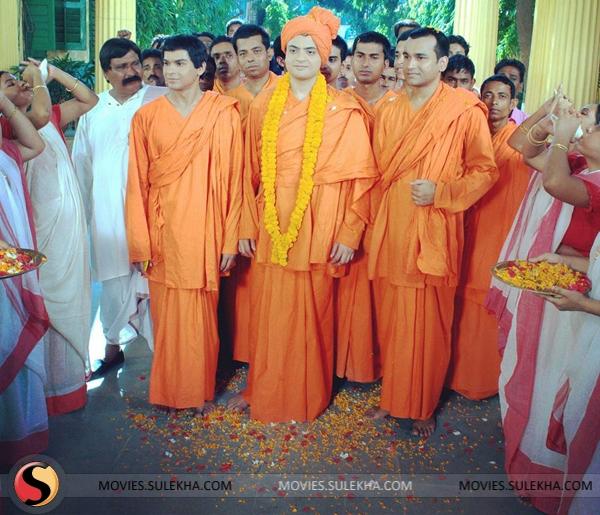 Manjhi The Mountain Man Hindi Dubbed Free Download Utorrent [PATCHED] the-light-swami-vivekananda-stills-08