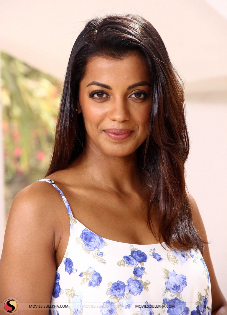 Forum on this topic: Tabitha Stevens, mugdha-godse/