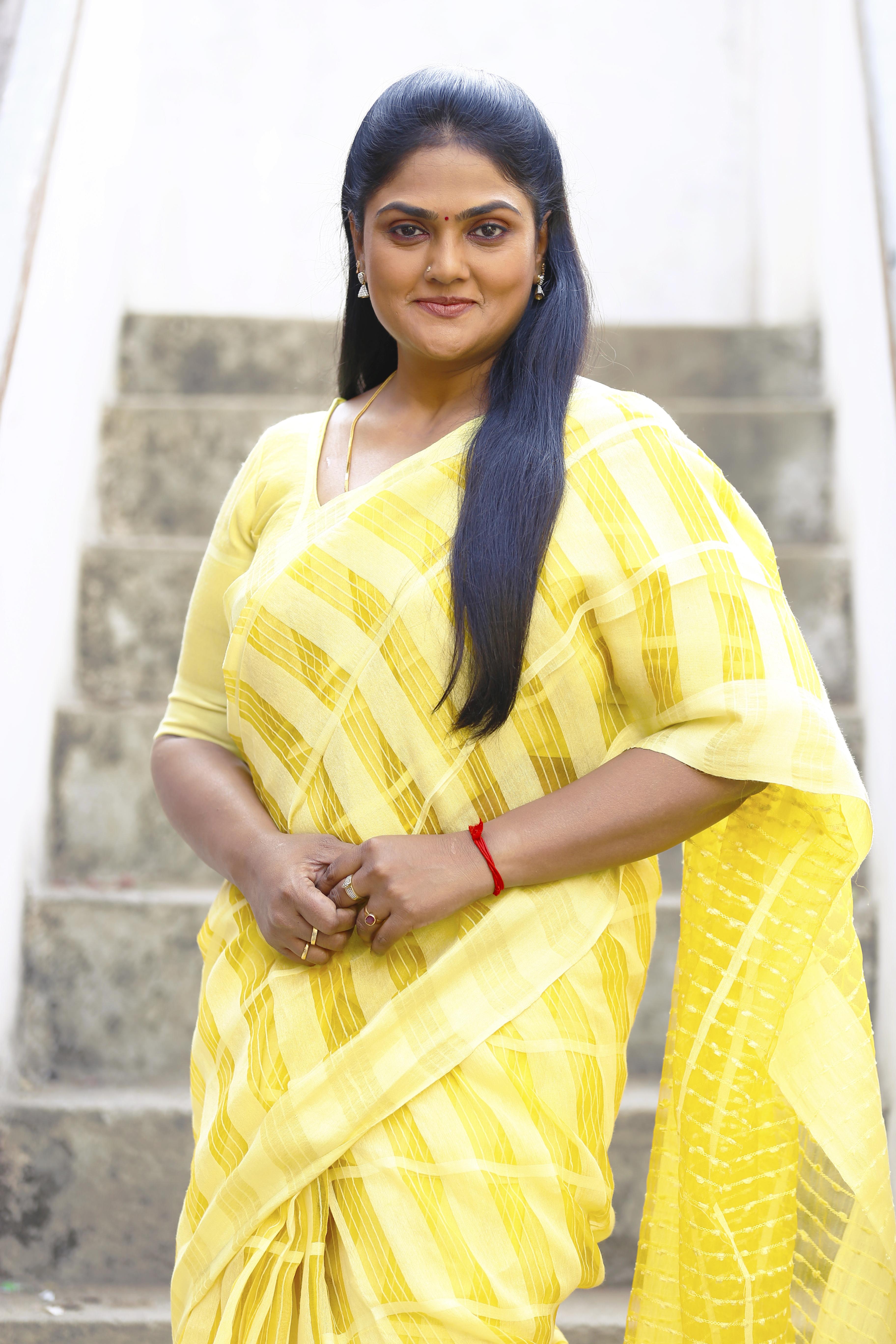 Forum on this topic: Anupriya Kapoor 2010, nirosha/