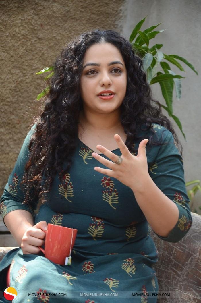 Nithya Menon Sexy Pictures