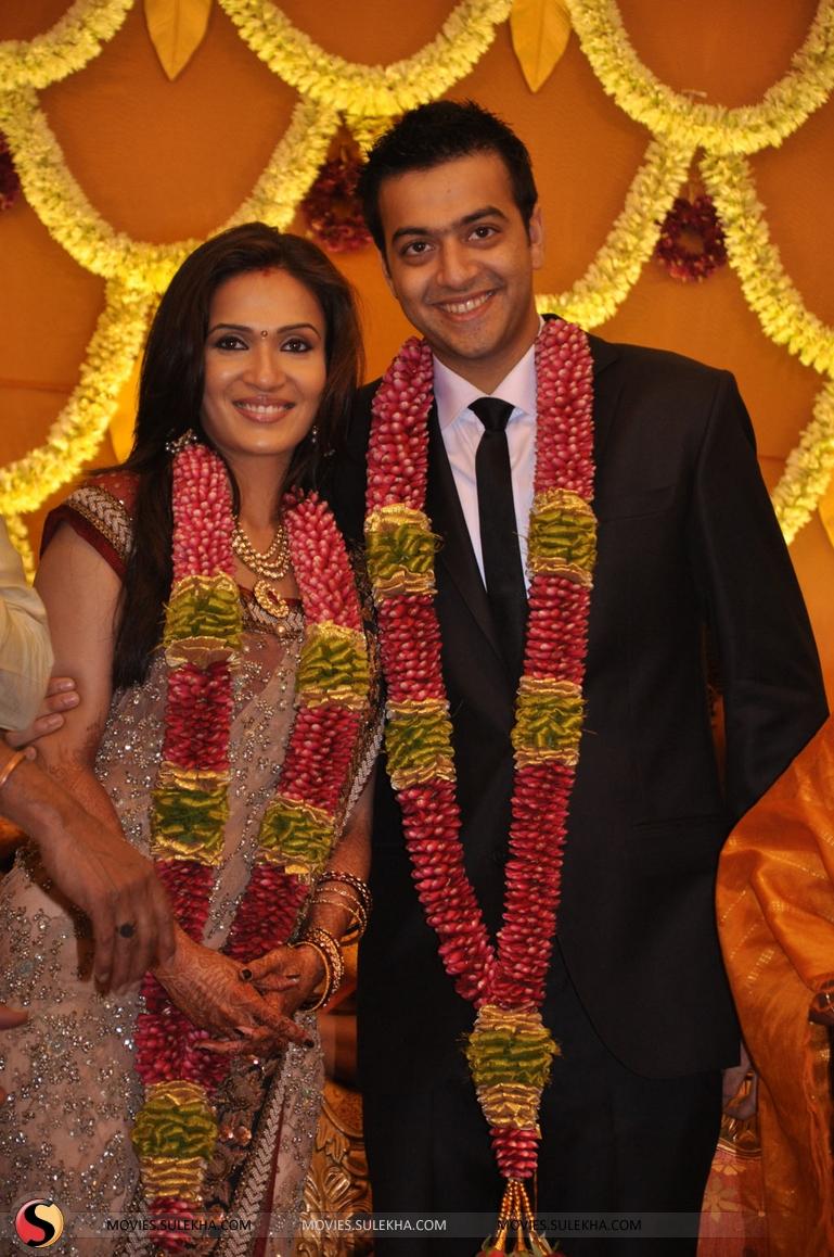 Soundarya Rajinikanth Wedding Reception Pictures 12