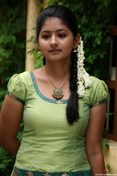 Page 1 Of Reshmi Menon Tamil Wallpaper Reshmi Menon Desktop Picture