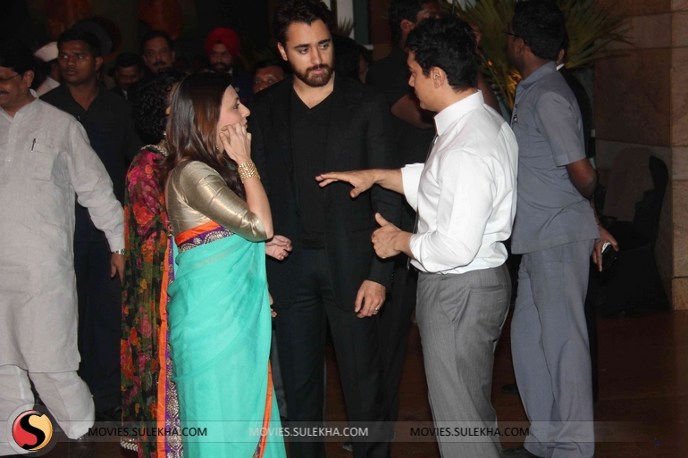 Page 2 Of Riteish And Genelias Wedding Reception Riteish And
