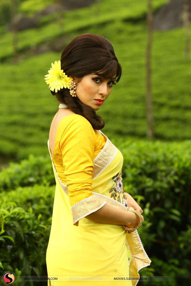 page 5 of sadha tamil actress stills