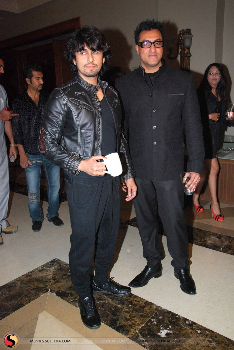 Shahrukh Khan The Magic Of Sonu Nigam Concert Pictures 31
