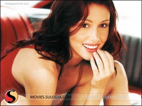 Concurrence shannon elizabeth fakes very