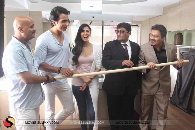 Page 4 of Sonu Sood & Sonal Chauhan at Advertisment Shoot of Texmo