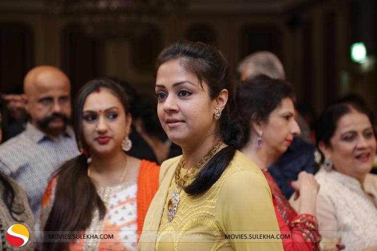 Jyothika Mehndi Ceremony : Page 4 of surya & jyothika at rajkumar sripriya rajkumars 25th