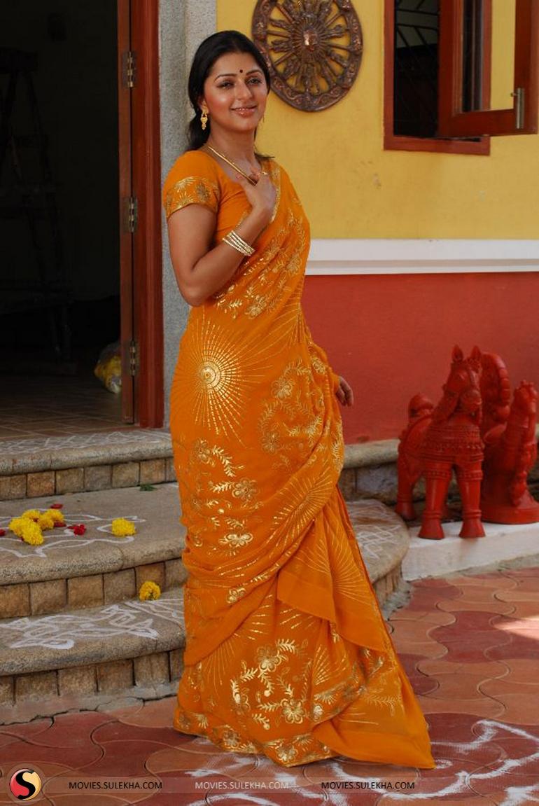 Bhumika Chawla Sexy Photos Pics