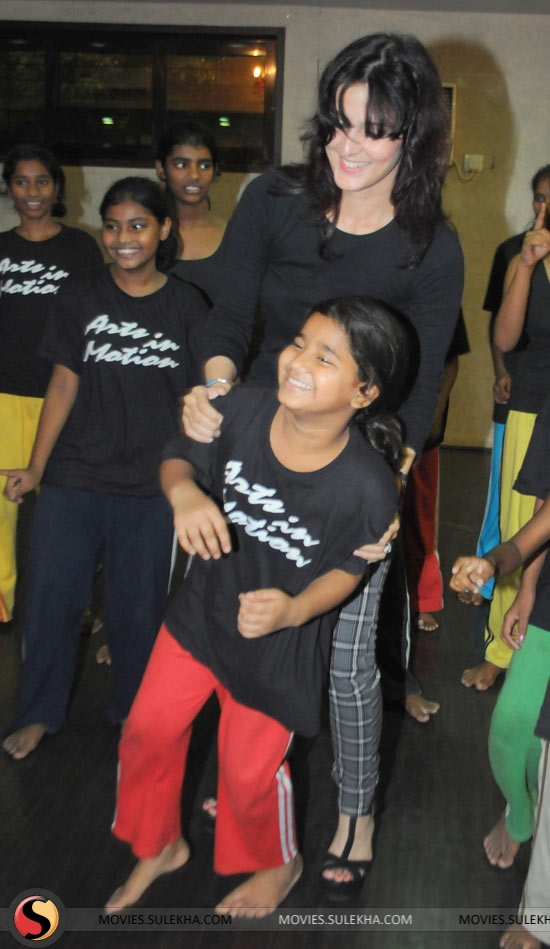 Page 5 of tulip joshi meets and greets the special girl children tulip joshi meets and greets the special girl children pictures 5 m4hsunfo