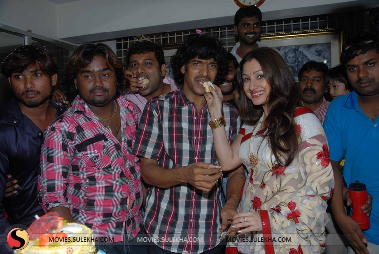 Page 4 of Upendra 43rd Birthday Celebrations, Upendra 43rd