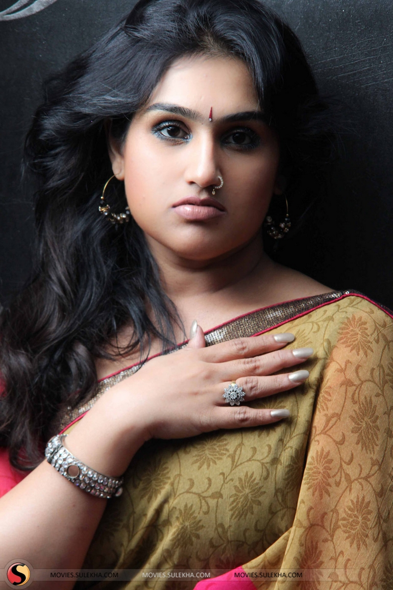 Watch Vanitha Vijayakumar video
