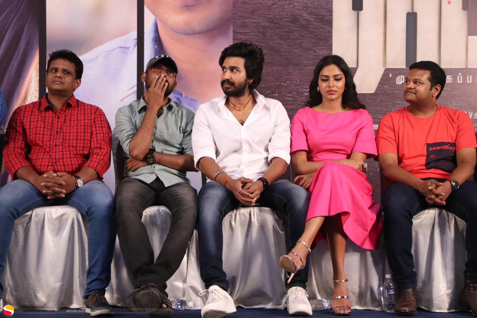 Page 2 of Vishnu Vishal Snapped at Ratchasan Tamil Movie Success