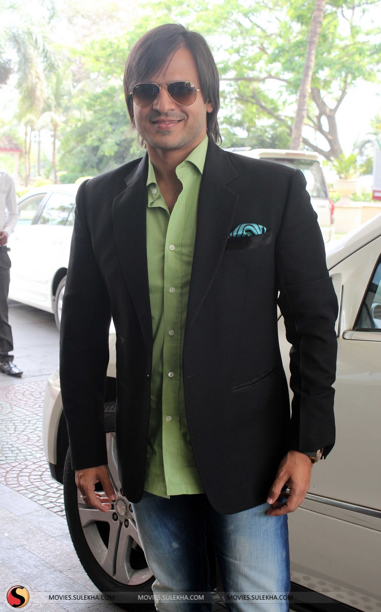 Kirti Rathore Studio Launched In Mumbai By Vivek Oberoi Vivek Oberoi Movies